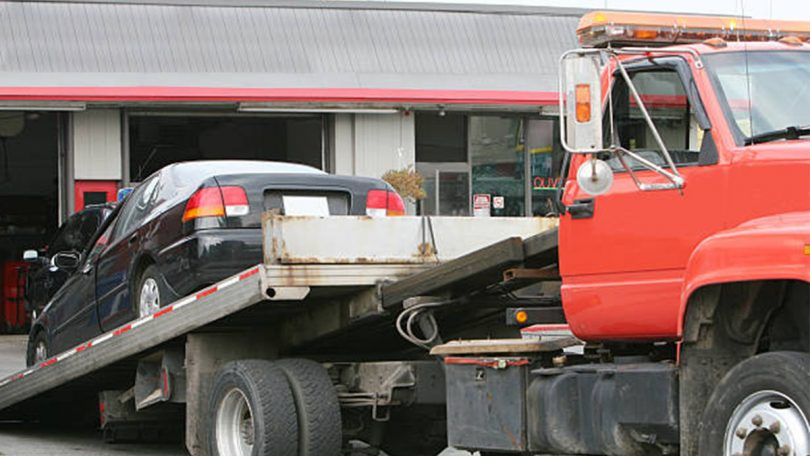 How much does a tow truck driver make
