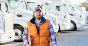 how much do local truck drivers make